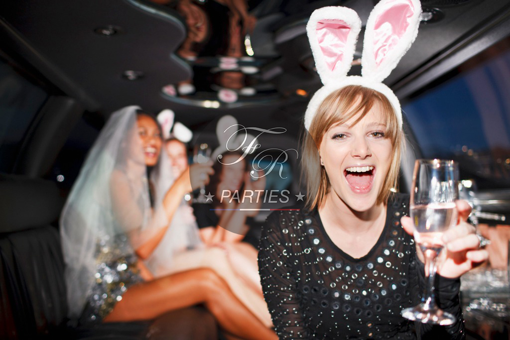 Luxury-Limousine-French-Riviera-Party
